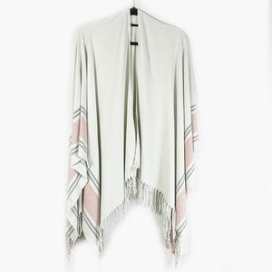 NWT Siizu For Causebox Shawl Shrug